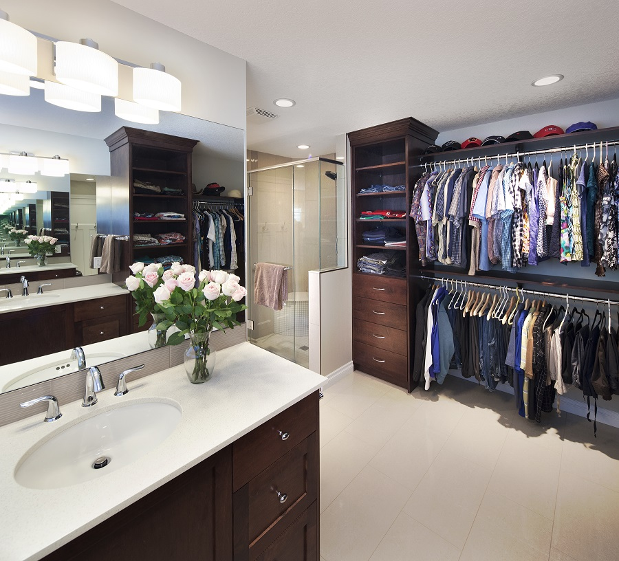 Ensuite bathroom walk in closet plans winda 7 furniture for Closet bathroom suites